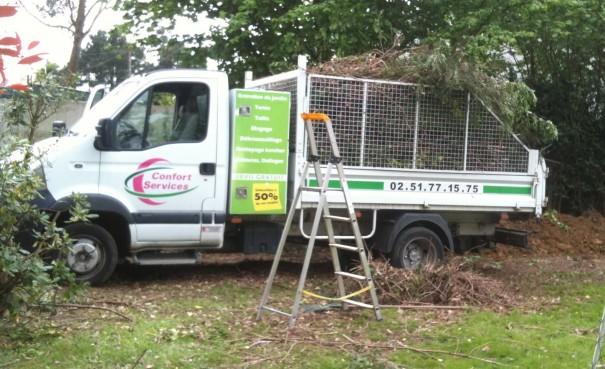 vehicule de jardinage de confort services nantes